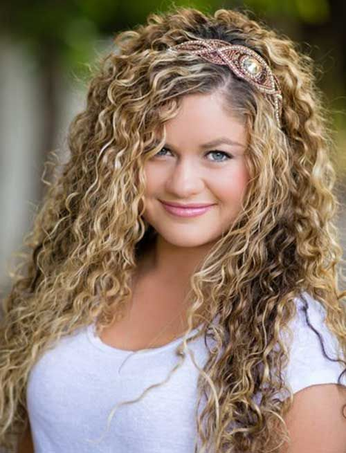 naturally curly hair styling tips 25 new hair styles for curly hair curly hair 3055