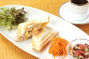 京都、下鴨の自家焙煎珈琲専門店カフェ・ヴェルディ