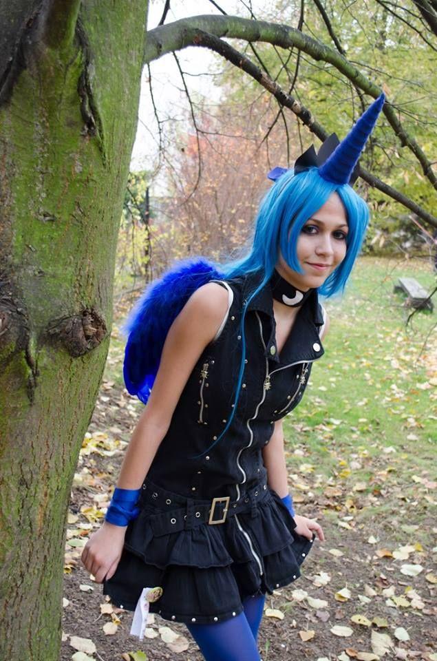 Princess Luna cosplay