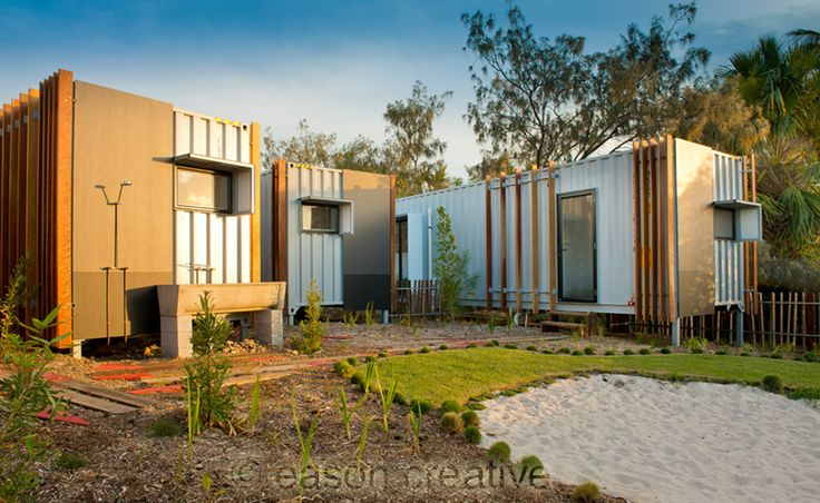 Beach box container house australia designed by john robertson of oge group architects - Australian container homes ...