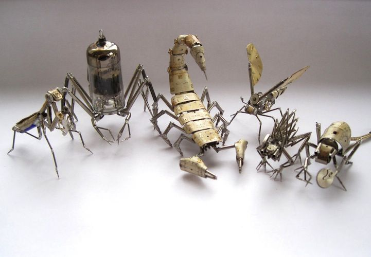 Chicago-based artist Justin Gershenson-Gates, aka A Mechanical Mind, creates tiny steampunk insects by carefully soldering together gears, springs, and other watch parts. The mechanical bugs, many of which Gershenson-Gates can balance on just his pinky finger, are miniature, multi-legged creatures that each take the artist several hours to complete.