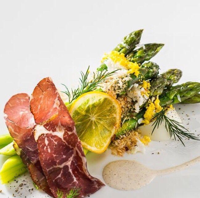 Dolco Kuşkonmaz, Hellmann's Fransız Salata Sosu ve Kayseri Pastırmasının muhteşem uyumu bu gece atıştırmalığına damgasını vuruyor !   Farklı salata sosları ve konserve kuşkonmaz çeşitleri için www.nefisgurme.com'u ziyaret ederek sipariş verebilirsiniz.  #nefisgurme #nefis #nefistarifler #leziz #lezzet #lezizsunumlar #gurme #gurmelezzetler #ayvazsef #ayvazakbacak #bimutfakikisef #ozlemmekik #ozlemmekikilegunumuzlezzetleri #istanbuldayasam #istanbulbloggers #ankarabloggers #unlusef #blogger
