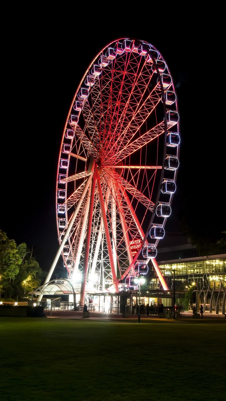 Brisbane ferris wheel is located on Southbank Parklands in Brisbane.