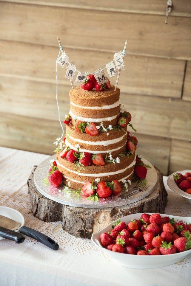 25+ beste idee u00ebn over Hout Bruidstaarten op Pinterest   Rustieke taart kraampjes, Rustieke