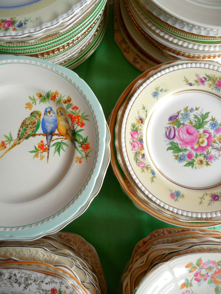 vintage plates <3 - for the wedding?!?! Love the mix matched plates! I am going to hit up every antique store for months!