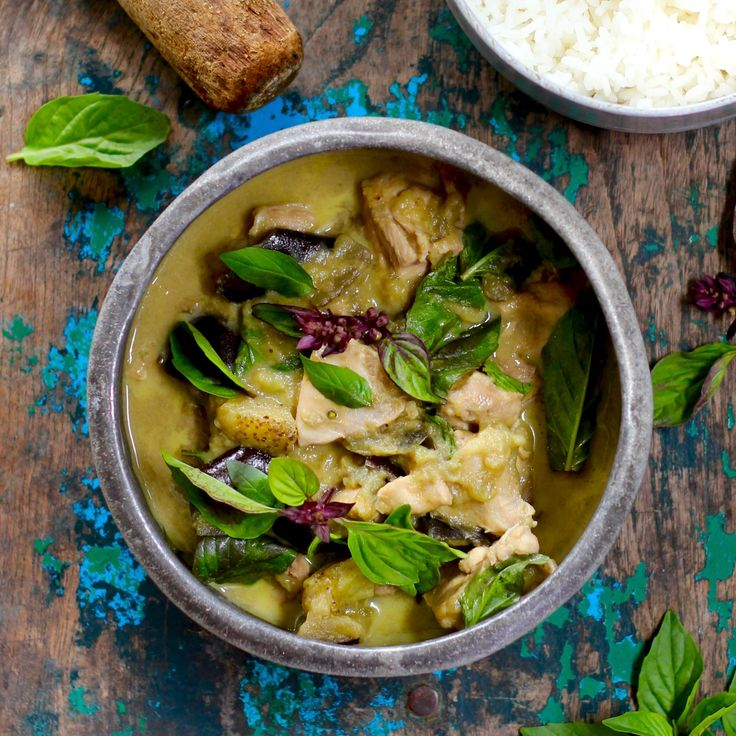 CHEATS CHICKEN & EGGPLANT GREEN CURRY. After a hard day, this green curry is a quick and nutritious meal to whip up in just 30 minutes. Made with an authentic curry paste, free range chicken, egg plant, green beans and finished with fresh Thai basil leaves. 30 Minutes. Free Range. Same same, but different!
