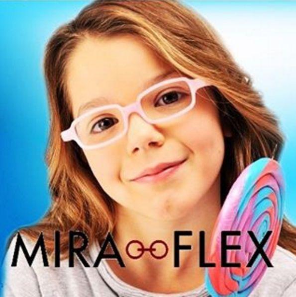 Você sabia que a Miraflex produz armações de primeira linha destinadas ao público infantil?! Óculos inquebráveis que são ideais para bebês e crianças que precisam de segurança, sem perder o conforto! E melhor: você compra nas #OticasWanny lojas físicas e também em nossa loja online!#venhaconferir #miraflex #oculosinfantil #oticaonline