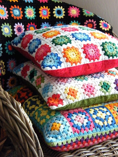 Annie's Place: A cornucopia of colour---What lovely pillows!