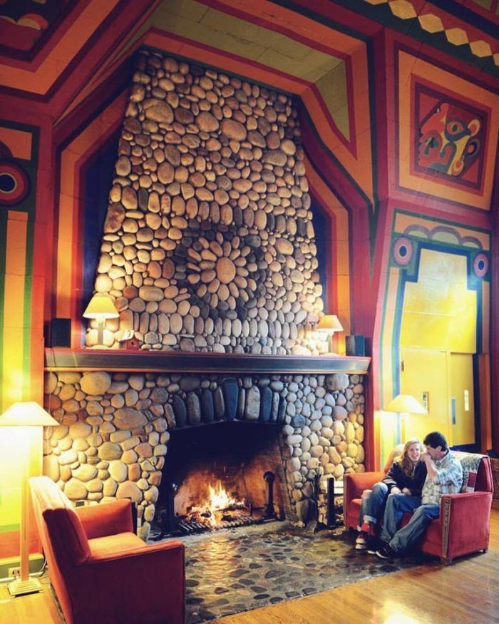 The Secluded Restaurant In Minnesota That Looks Straight Out Of A