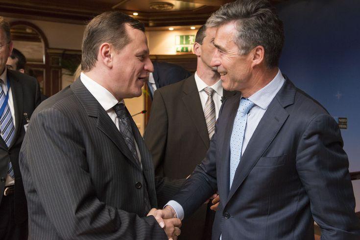 """GABRIEL VLASE, vicepreședinte Adunarea Parlamentară a NATO: """"În etapele precedente de extindere a Alianței mai exista un principiu de referință, anume că, prin admiterea unui stat, NATO să nu """"importe"""" insecuritate pentru aliați."""""""