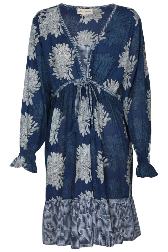 Makalu dress #isleofmine #fashion #lifestyle #everyday #classic #winter #dress