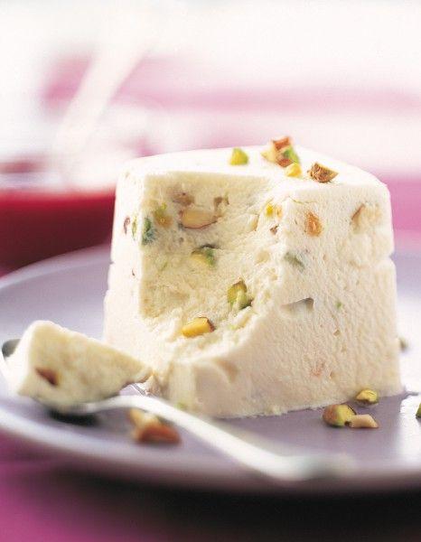 Nougat glacé aux fruits secs pour 4 personnes - Recettes Elle à Table - Elle à Table