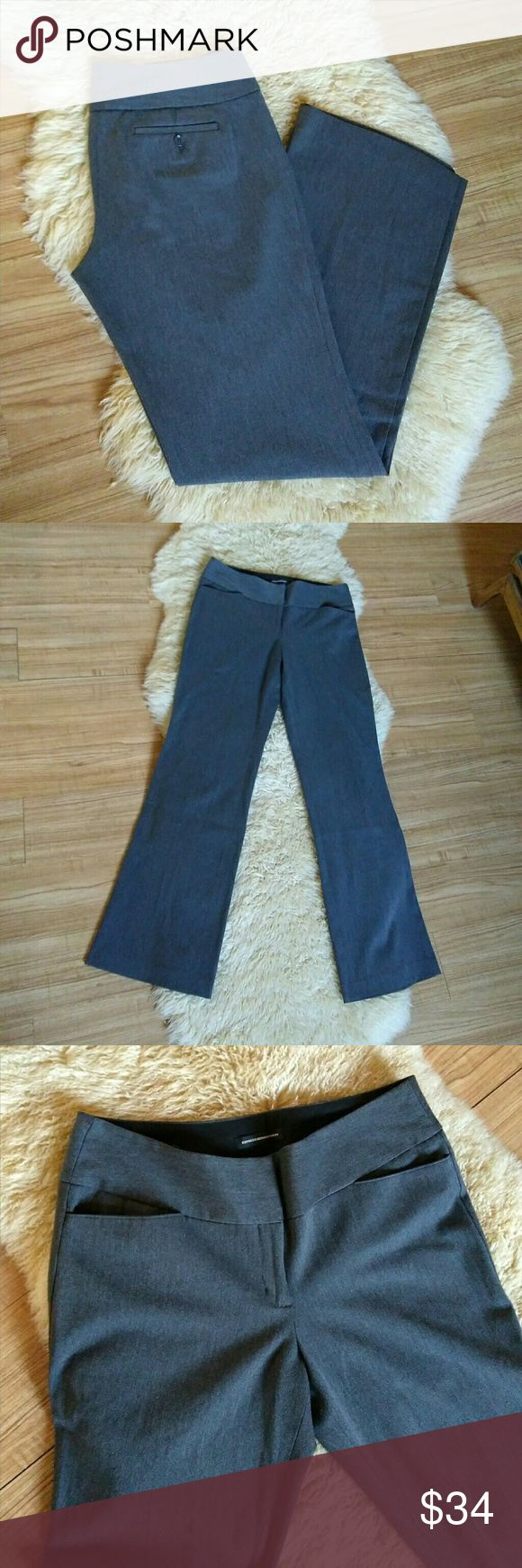 """Express 'The Editor' Dress Pants Size 10 Long Quality, comfortable, ladies trousers in excellent, very gently worn condition, no stains, tears, ect.  $79 retail.  Inseam- 35"""" (Fit someone 5'9-5'10).  61% polyester, 34% viscose & 5% elastane.  Bundle & save 30% OFF 2+  Ship same or next day!  #gray #grey #Size M Medium #office #work #business #10L #solid Express Pants Trousers"""