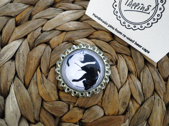 Tappins brooch-original illustration Yin yang Cats Black White-handmade glass cabochon