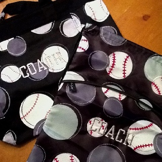 softball coaches' gifts -Thirty One Happy Dots with red paint/paint pen LOVE IT!