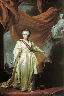 Catherine II de Russie par Dmitri Levitsky, années 1780.- A la faveur d'un coup d'Etat, Catherine fait condamner à mort son époux Pierre III et le remplace sur le trône (juin 1762). Catherine II, animée de l'idéal de Pierre de Grand, vise à accroître la solidité et l'homogénéité de la monarchie. Avec l'aide de collaborateurs de valeur, elle saura briser les oppositions et réaliser une oeuvre qui marque un grand progrès dans le développement de la Russie.