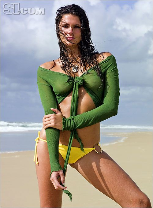Daniella Sarahyba - Sports Illustrated Swimsuit 2007