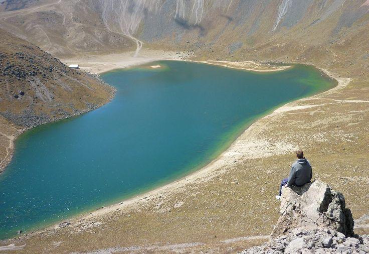 Mexico - Se encuentra dentro del volcán nevado de Toluca, a más de 4600 metros sobre el nivel del mar.