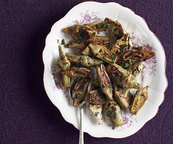 Braised Artichokes With Garlic And Thyme Recipe — Dishmaps