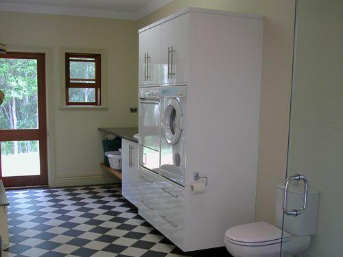Plantation / Colonial Home Laundry & Mud Room