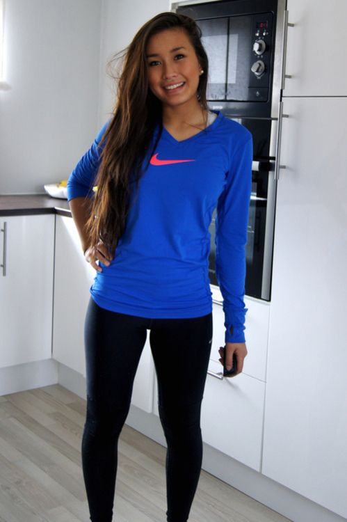 Nike long sleeve vneck... adorable for jogging in this cold weather.