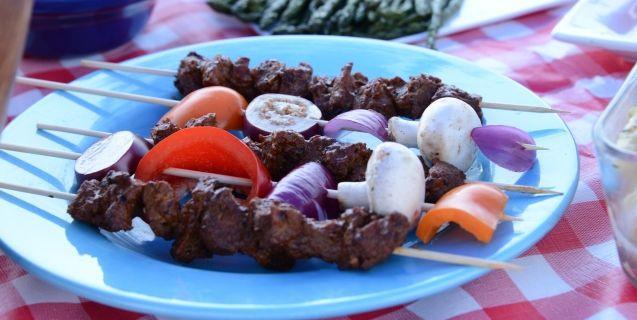 Grilled Tofu With Tamarind Glaze | Recipes | Food | Living | PETA