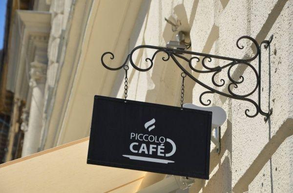 Piccolo Café, Budapest, VI. ker. [Pepita Hirdető]