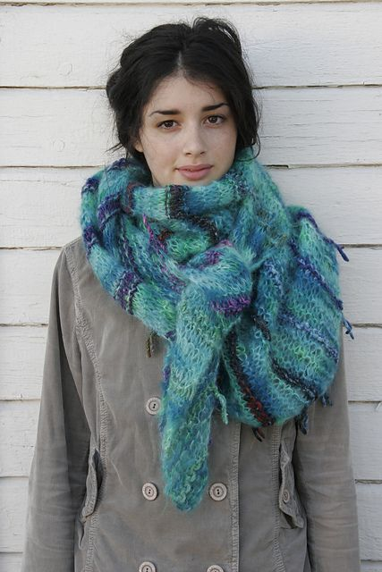 Bohemia Shawl - free pattern by Cornelia Tuttle Hamilton