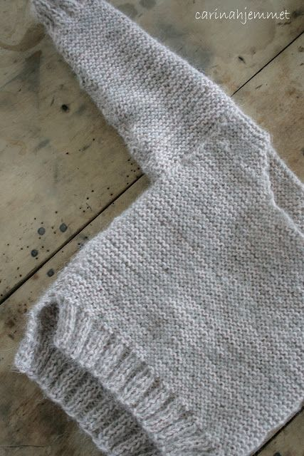 carina home: Skappel's Josefine - soft grey baby sweater in garter stitch