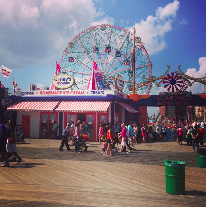 Coney Island - it's like being in a movie! Top 10 things to do in NYC - ChloeTravels