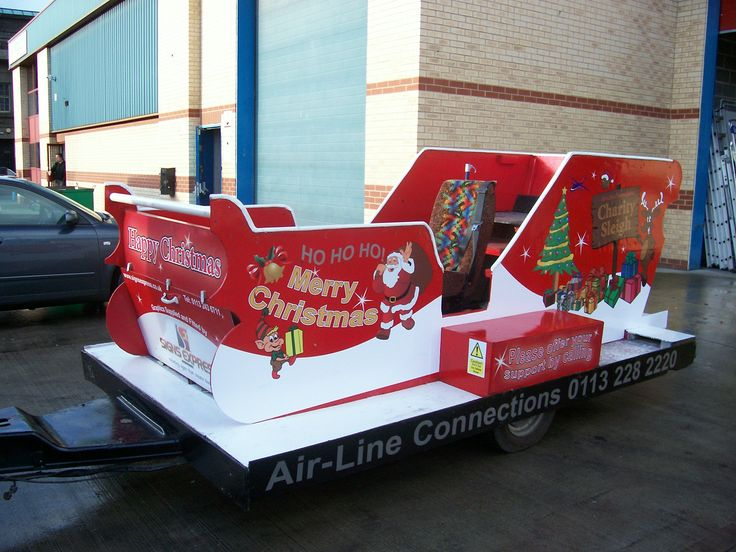 #Graphics on a Sled..Clever Holiday Idea! www.speedproeastpa.com