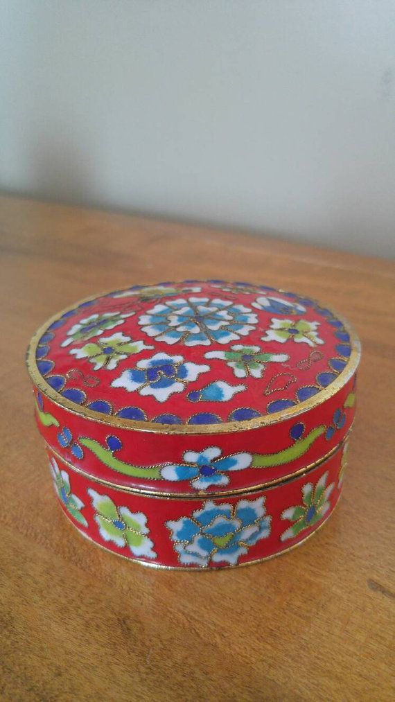 Hey, I found this really awesome Etsy listing at https://www.etsy.com/ca/listing/451045520/vintage-cloisonne-raised-enamel-round