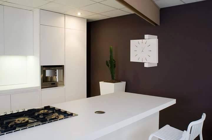 Combinare i contrasti di colori e forme, rende la tua casa un ambiente elegante e unico. Noi di Gioacchino Brindicci Home possiamo aiutarti a realizzarlo.  [Ogni oggetto è personalizzabile in base ai tuoi desideri, sia nei colori che nelle forme. Scopri i nostri punti vendita autorizzati. Per info --> 348 2205375]