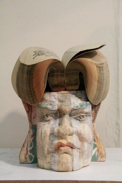 Best Book Carving Art Images On Pinterest Creative Artists - Unbelievable portraits carved phone books