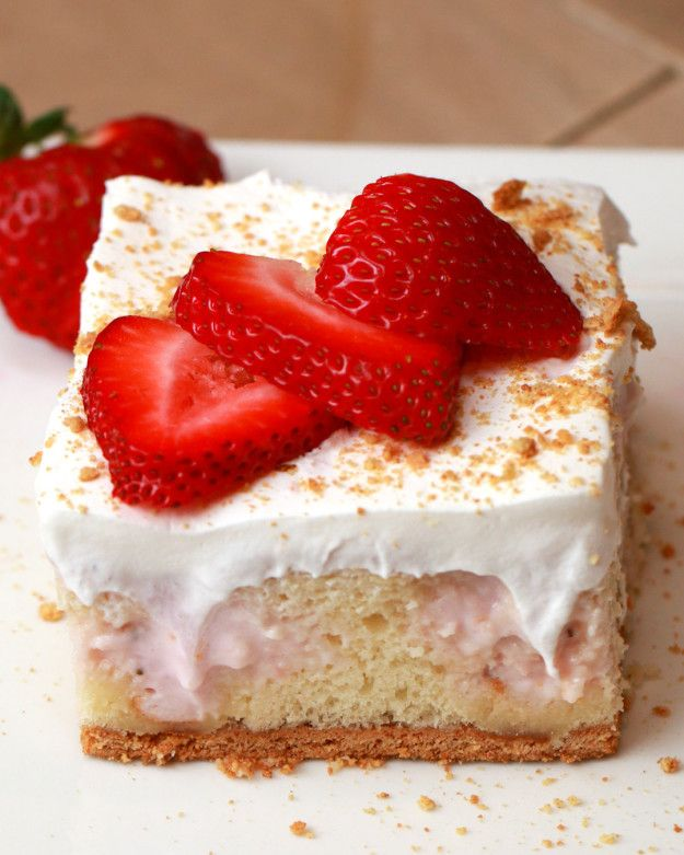 Strawberry Cheesecake Poke Cake | This Strawberry Cheesecake Poke Cake Is Basically Magic