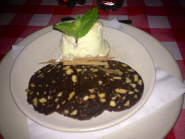 Salami de chocolate. Andante allegro vivace. Cartagena. Colombia.