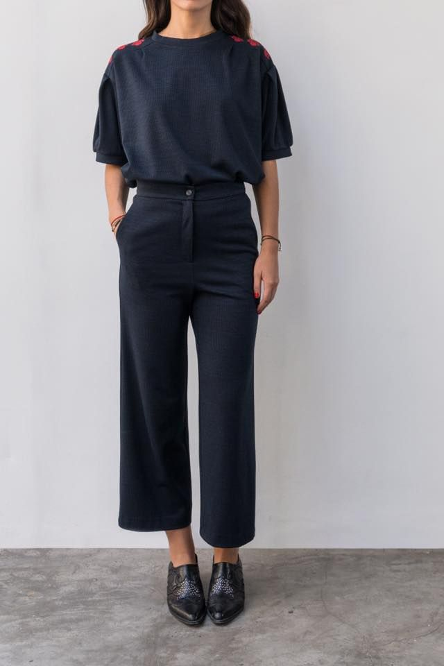 """And I would be like really happy to finally own a top with the same fabric as my trousers  featuring """"ELLEN"""" embroidered sweatshirt and """"SOLNIT"""" culottes- petit carreaux. #karavan #karavanclothing #karavangirl"""