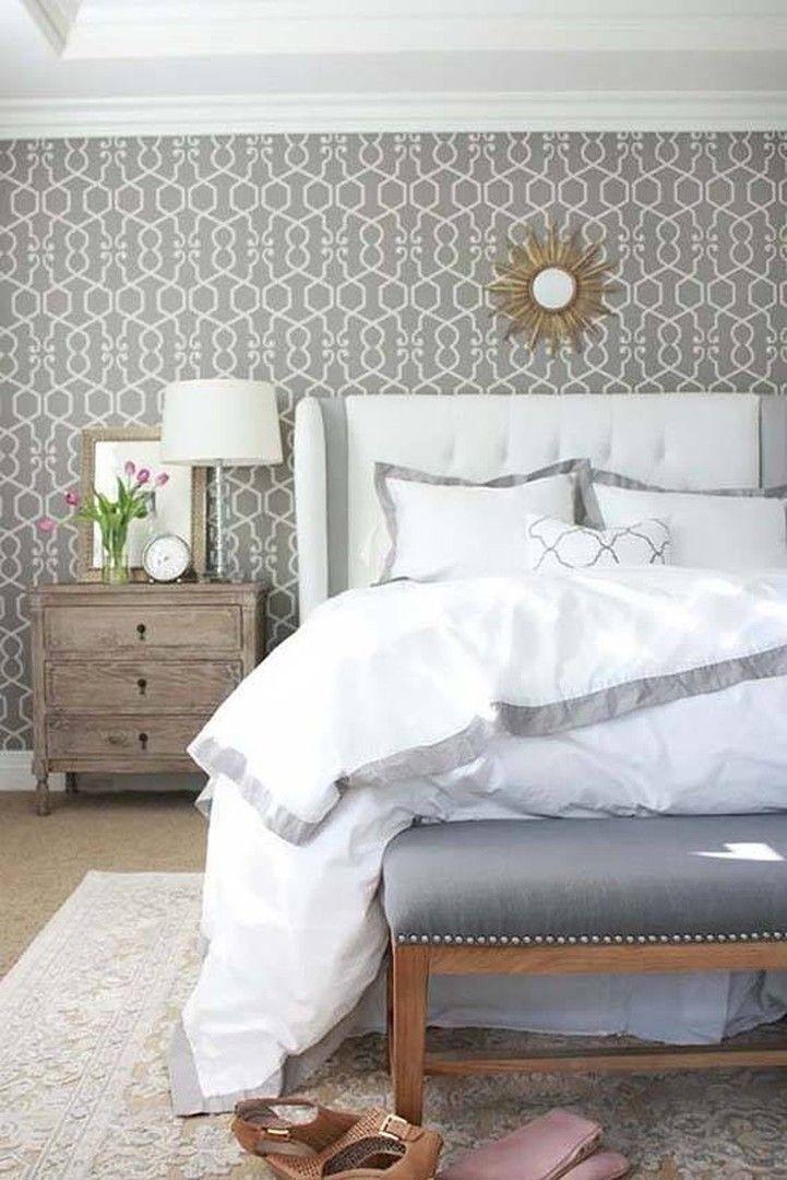 """в спальне эффектно смотрется серые #обои с орнаментом """"решетка"""" #clarkeandclarke можно заказать в #Galleria_Arben"""