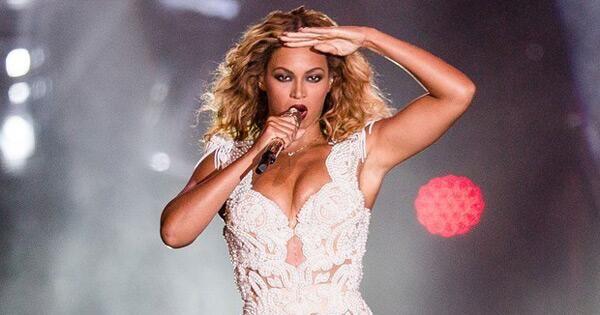 Beyoncé é eleita a celebridade mais poderosa do mundo pela 'Forbes' http://glo.bo/VzTBho  #G1 pic.twitter.com/WF5x0h6jcz