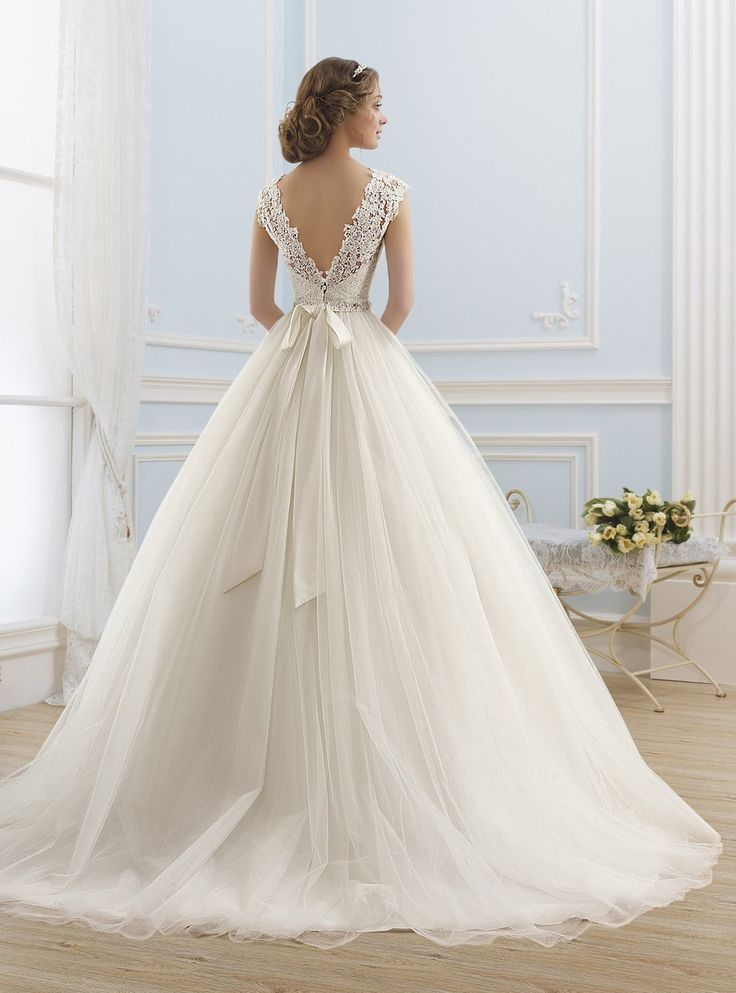 184 best Vestidos De Novia images on Pinterest | Wedding bridesmaid ...