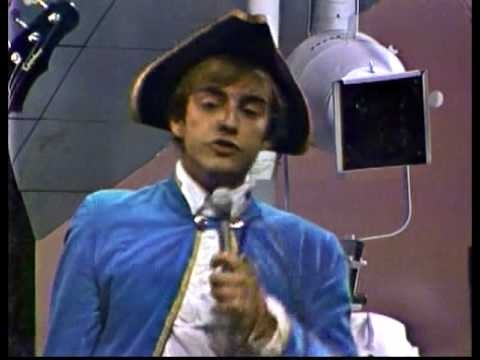 Paul Revere and the Raiders - Steppin' Out