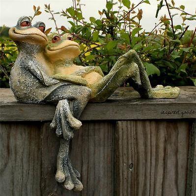 NEW Cute Cartoon Style Long Legged Cuddling Frogs Garden Ornament Shelf Sitter
