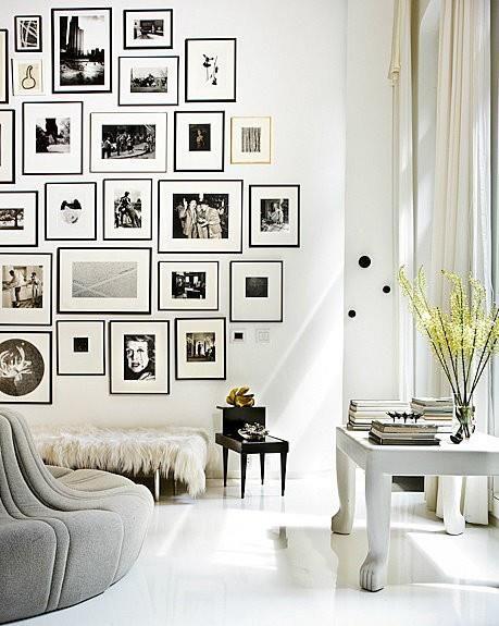 Arredamento: pareti bianche+dettagli neri -Immagini di Stile-