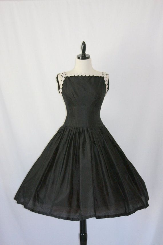 1950's Black Linen Blend with White Scroll Trim Drop Waist Cocktail Party Frock