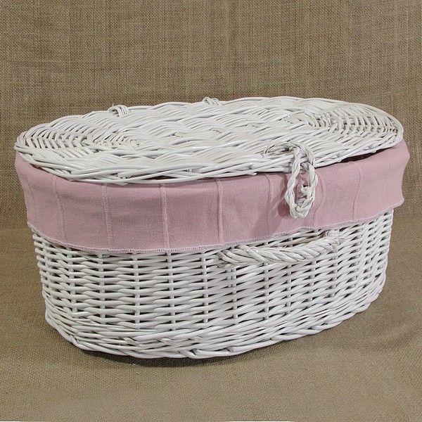 Biała wiklinowa walizka z obszyciem kol. różowy