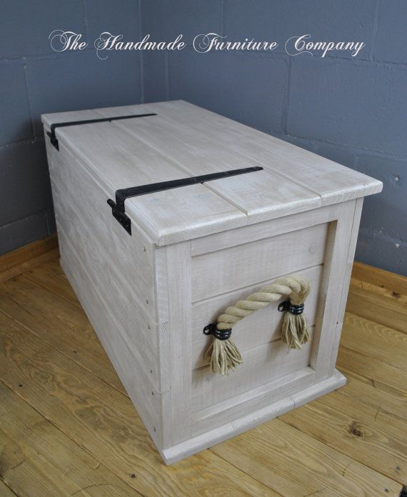 Handmade Solid Pine Shabby Chic Storage Trunk Coffee Table Boot Toy Box Linen Chest With Rope Handles
