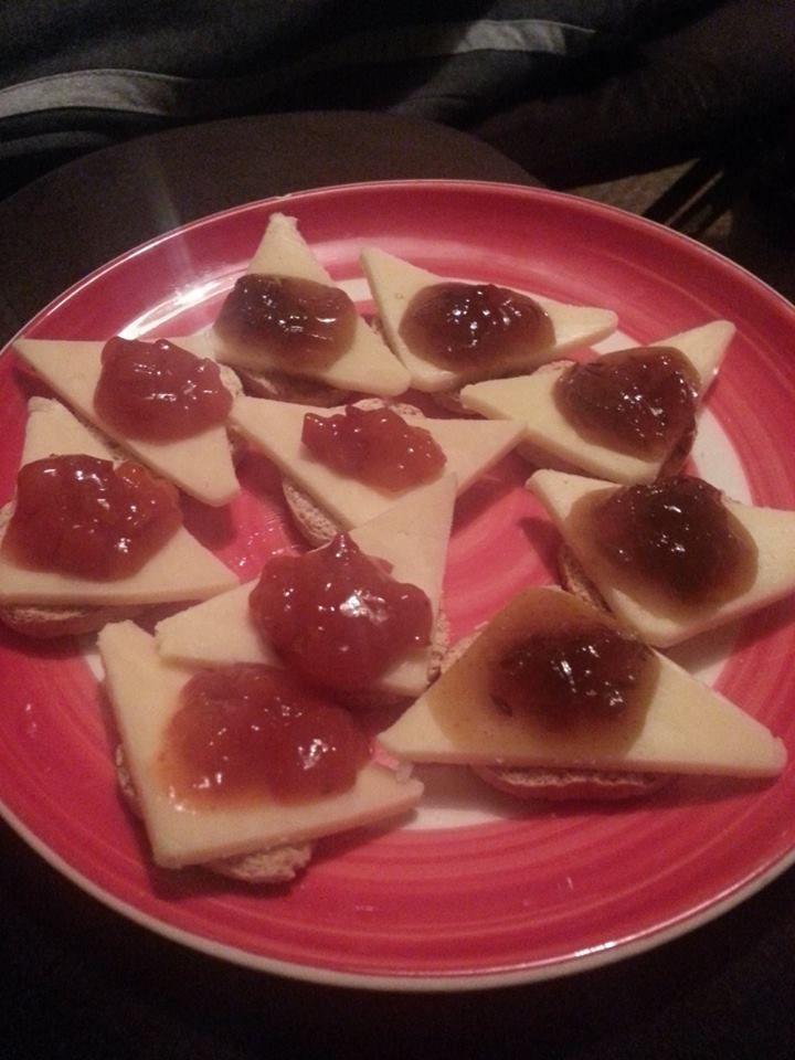 romantic snack for 2
