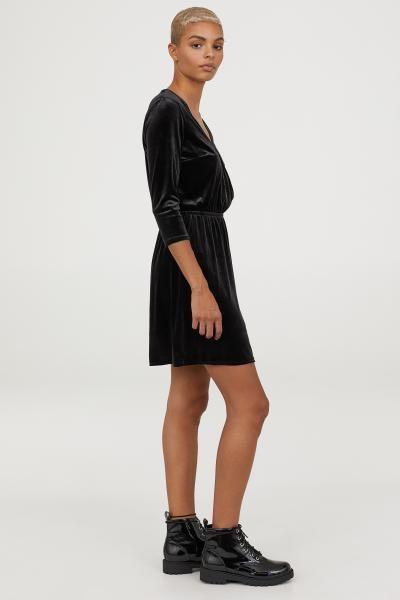 2036c46316f9e H&M Velvet Wrap Dress - Black in 2019 | What to wear | Dresses, Wrap ...