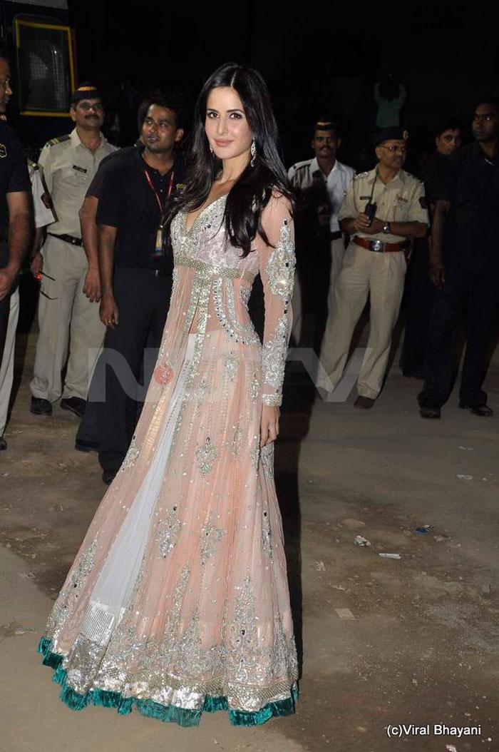 Bollywood fashion. Peach floor length anarkali