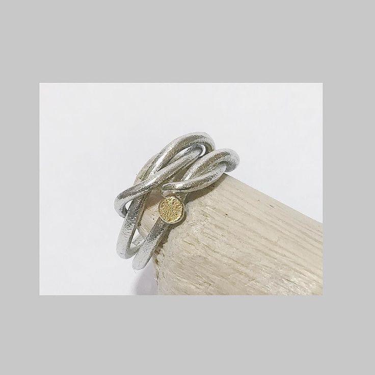 California and UK bound... Forged Entwined rings in white gold... . #tamaragomezjewellery #rawluxury #spiritinspired #stackoftheday #showmeyourrings #naturalstyle #finejewelry #cockpitarts #rusticluxury #preciousmetal #lovemyjob #girlboss #thisgirlcan commitmentring #weddingband #lovegold  #londondesign #goldsmith #cockpitarts #ringsofinstagram #madeinlondon #makersmovement #handmade #craftsposure